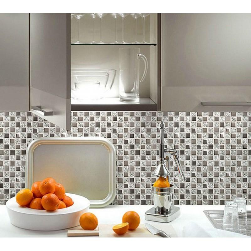 Argent verre tuile dosseret idées carrelage salle de bain mosaïque ...
